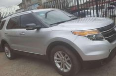Need to sell super clean grey 2013 Ford Explorer