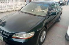 Best priced green 2000 Honda Accord automatic in Kano