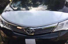 Selling 2013 Toyota Camry automatic in good condition at price ₦4,000,000