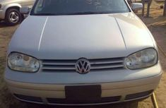 Need to sell high quality grey 2003 Volkswagen Golf automatic at price ₦250,000