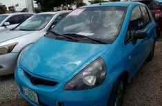 Sell cheap blue 2005 Honda Jazz at mileage 65,767