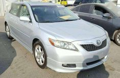 Need to sell cheap used white 2007 Toyota Camry sedan