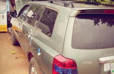 Sell used 2006 Toyota Highlander automatic at price ₦3,500,000 in Ikeja