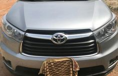 Need to sell cheap used 2015 Toyota Highlander