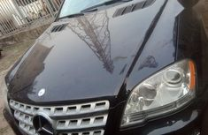 Best priced blue 2011 Mercedes-Benz ML350 automatic in Lagos