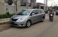 Selling grey/silver 2014 Toyota Sienna suv / crossover automatic