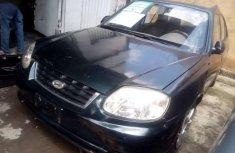 Selling 2004 Hyundai Accent manual at price ₦350,000 in Lagos