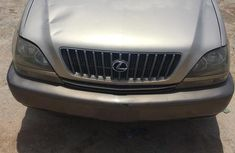 Lexus RX 2000 Gold for sale