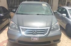 Clean grey/silver 2008 Honda Odyssey automatic car at attractive price