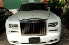 Selling white 2013 Rolls-Royce Phantom automatic at mileage 1,773