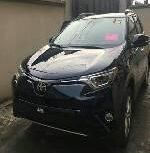 Sell well kept 2018 Toyota RAV4 automatic