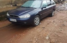 Clean and neat blue 2000 Ford Mondeo for sale