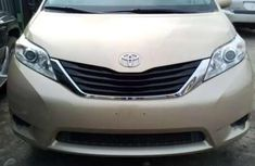 Clean gold 2012 Toyota Sienna car for sale at attractive price