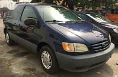 Need to sell blue 1999 Toyota Sienna at mileage 50,000 in Sokoto