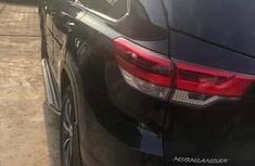 Neat Foreign used Toyota Highlander Limited Edition 2018