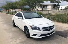Sell white 2015 Acura CL automatic