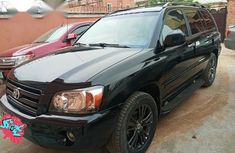 Sell well kept 2003 Toyota Highlander at price ₦2,400,000 in Lagos