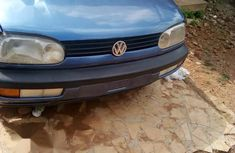 Sell well kept blue 2002 Volkswagen Golf sedan manual in Offa