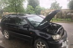 Selling black 2002 Lexus RX suv / crossover automatic in Uyo