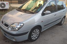 Need to sell used 2005 Renault Scenic automatic at cheap price