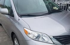 Sell 2010 Toyota Sienna at mileage 65,000 in Lagos