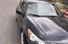 Selling 2010 Honda Accord sedan at mileage 95,847