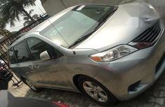 Used 2012 Toyota Sienna automatic for sale at price ₦5,530,000