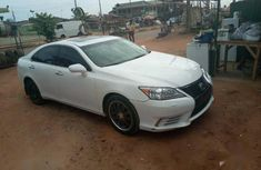Need to sell used 2008 Lexus ES in Lagos at cheap price