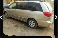 Selling 2007 Toyota Sienna automatic in good condition at price ₦1,450,000