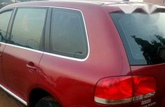 Volkswagen Touareg 2006 Red for sale
