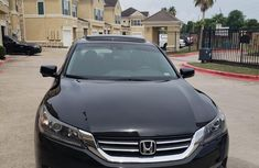 Need to sell cheap used 2014 Honda Accord automatic in Lagos