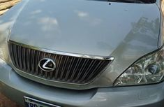 Sell well kept grey/silver 2006 Lexus RX automatic at price ₦2,500,000