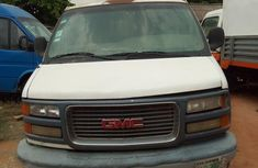 Sell well kept 2000 GMC Savana at mileage 150,000 in Lagos