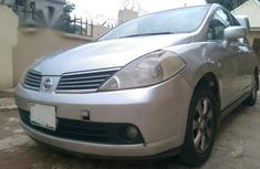 Grey/silver 2007 Nissan Tiida for sale at price ₦800,000 in Abuja