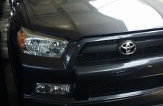 Well maintained black 2013 Toyota 4-Runner suv / crossover automatic for sale