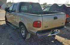 Need to sell cheap used 2003 Ford F-150 at mileage 81,000 in Lagos