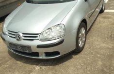 Selling 2005 Volkswagen Golf in good condition in Ikeja