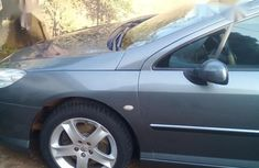 Clean and neat grey/silver 2003 Peugeot 407 sedan at price ₦1,000,000 in Kaduna