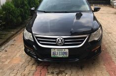 Need to sell black 2010 Volkswagen CC at price ₦1,800,000 in Abuja