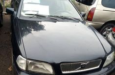 Sell well kept 2002 Volvo 260 sedan manual