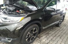 Sell used 2017 Honda CR-V suv automatic in Lagos