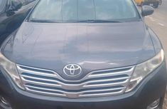 Sell cheap black 2009 Toyota Venza at mileage 109,000 in Lagos