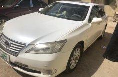 Sell white 2010 Lexus ES in Abeokuta at cheap price