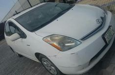 Sell well kept grey/silver 2008 Toyota Prius sedan automatic in Lagos