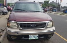 Red 2004 Ford Explorer van / minibus for sale at price ₦1,000,000 in Ikeja