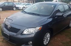 Sell well kept grey/silver 2009 Toyota Corolla automatic in Jos