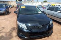 Selling black 2009 Toyota Corolla automatic at price ₦2,800,000