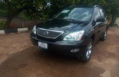 Sell well kept black 2004 Lexus RX suv / crossover at price ₦3,500,000