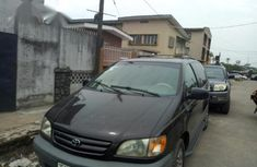 Sell used 2001 Toyota Sienna at price ₦1,150,000 in Lagos