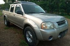 Sharp used 2004 Nissan Frontier for sale